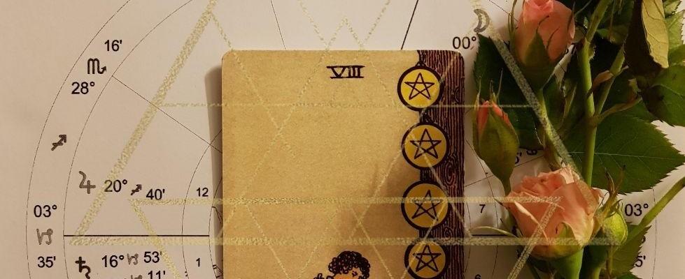 کارت تاروت ماه کامل نشان خوشه